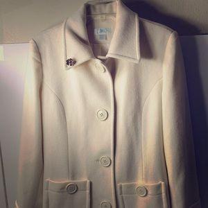 JLO Jennifer Lopez women's vanilla dow jacket M
